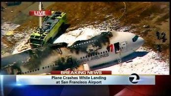 san-francisco-plane-crash-photos-boeing-777-asiana-flight-214-crash-lands-at-sfo.jpg
